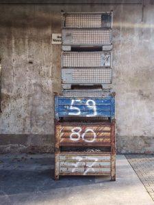 Kisten mit Zahlen